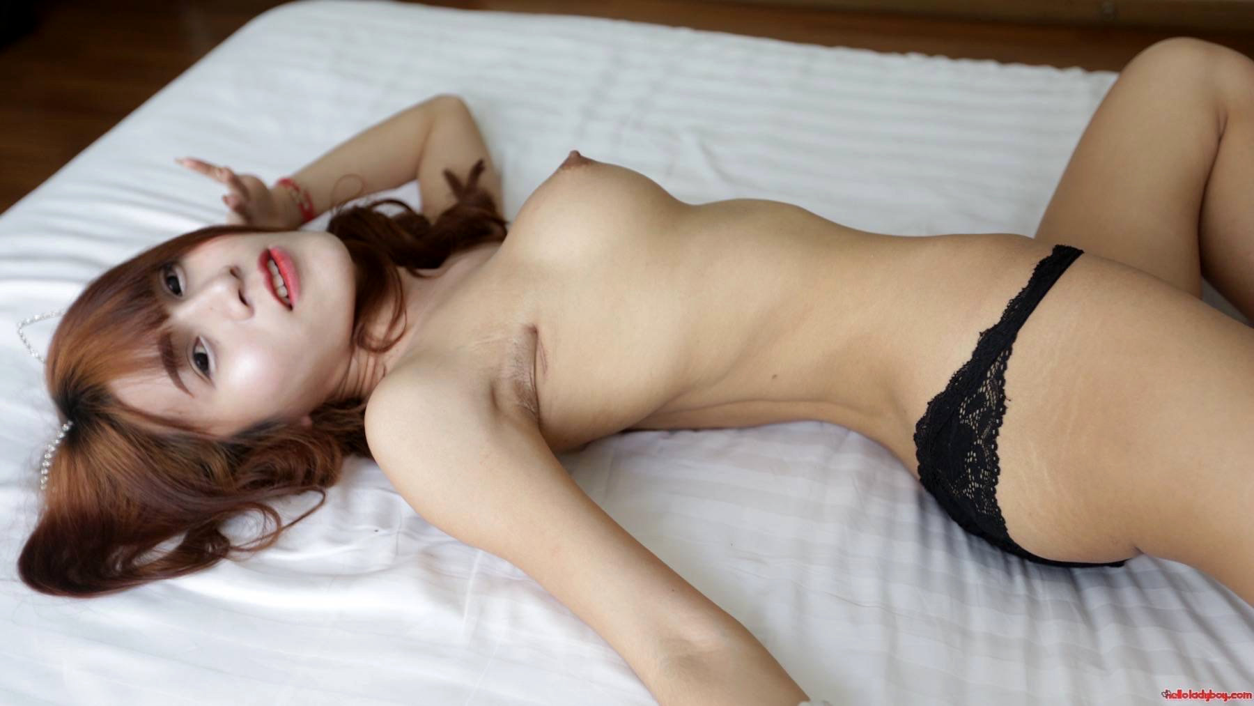 18 Year Old Voluptuous And Naughty Asian Ts Gets A Facial From White Tourist