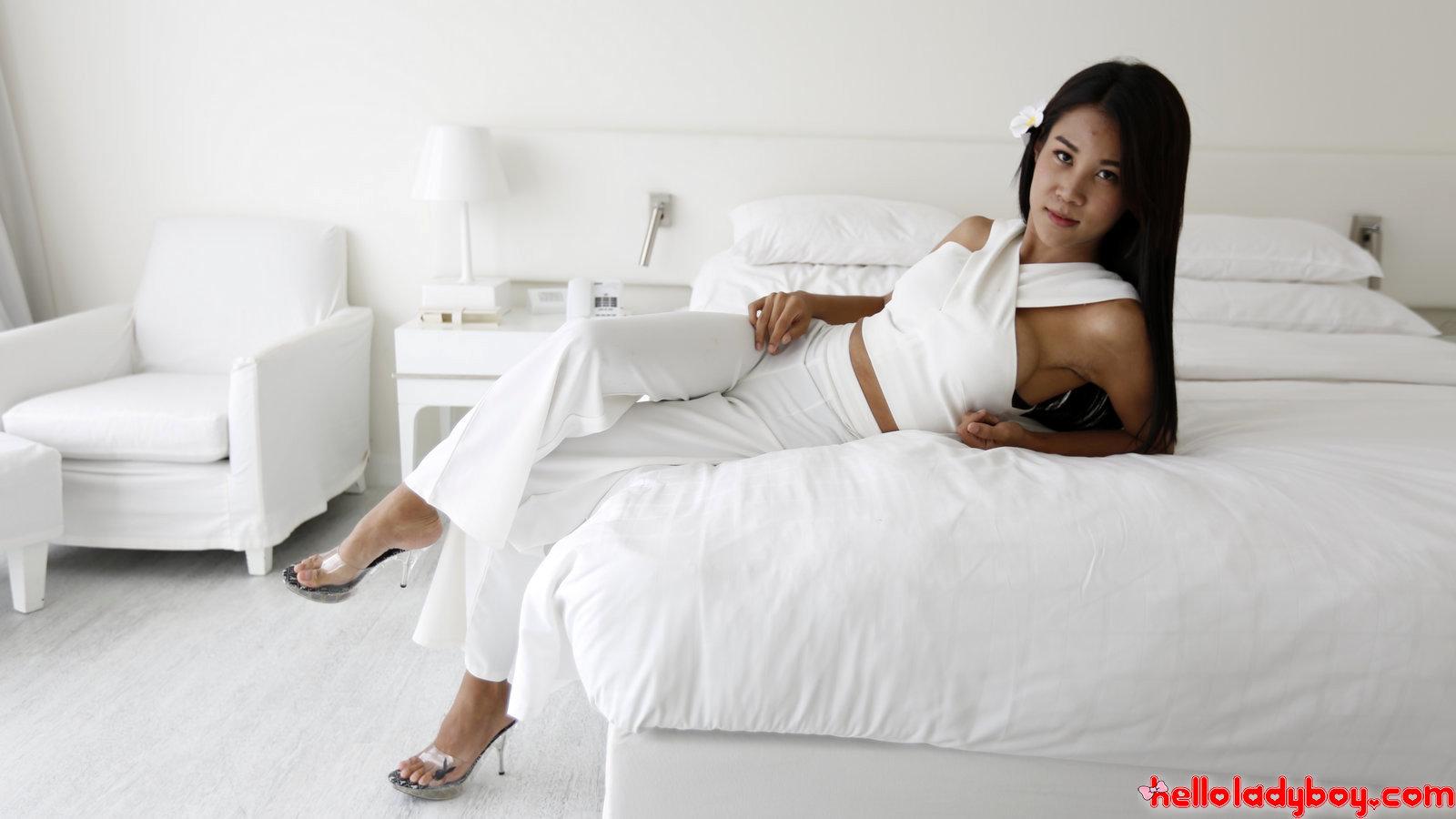 Asian Femboy Fuck's And Sucks White Tourist Penis