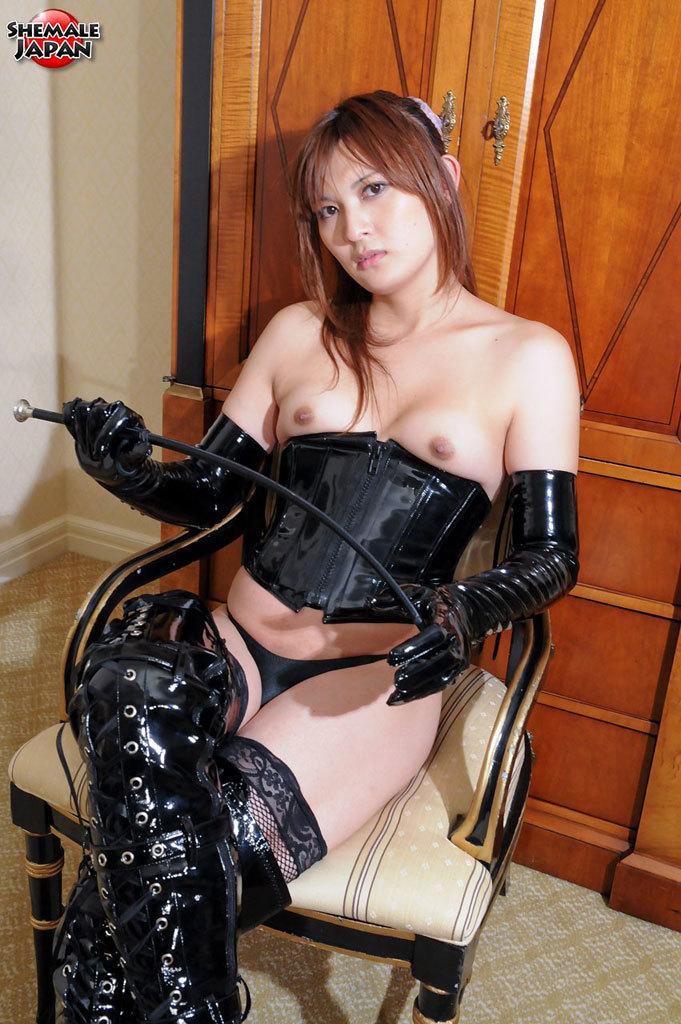 Flirtatious Japanese Newhalf Who Likes It Hard