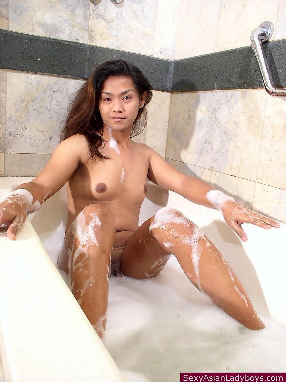 Kissable Small Dickgirl Jerking While Taking A Foam Bath