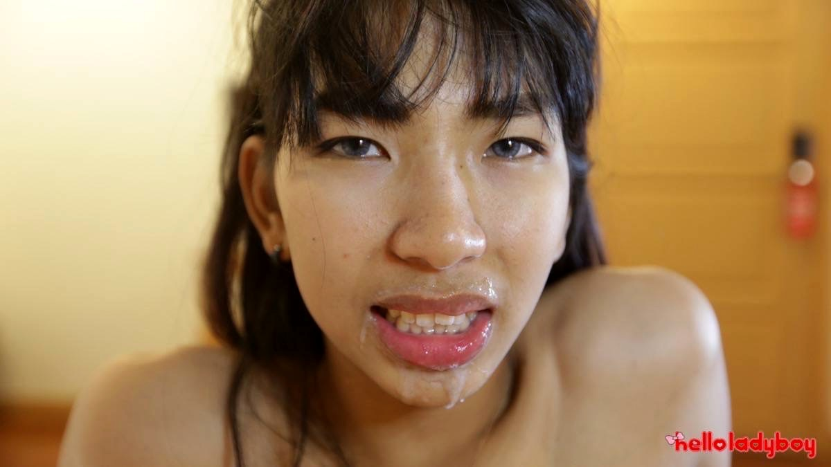 Little Asian T-Girl With Stiff Penis Banged Poses Before Anal