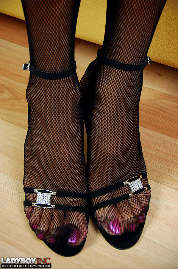 Marvelous Ts In Black Panties Tugs Her Thick Rock Rough Dick