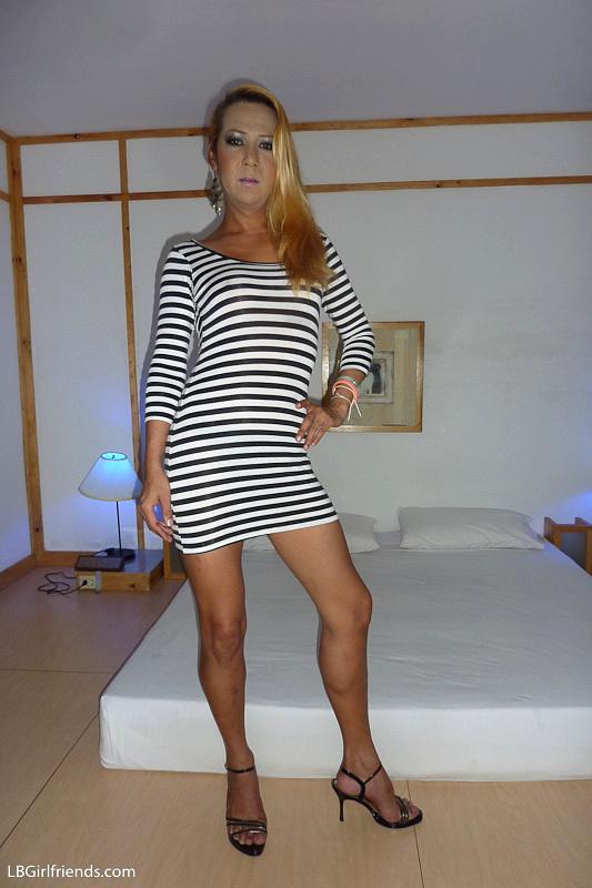 Mature Tranny Vivian Gets Impaled During Upskirt Bare Backing