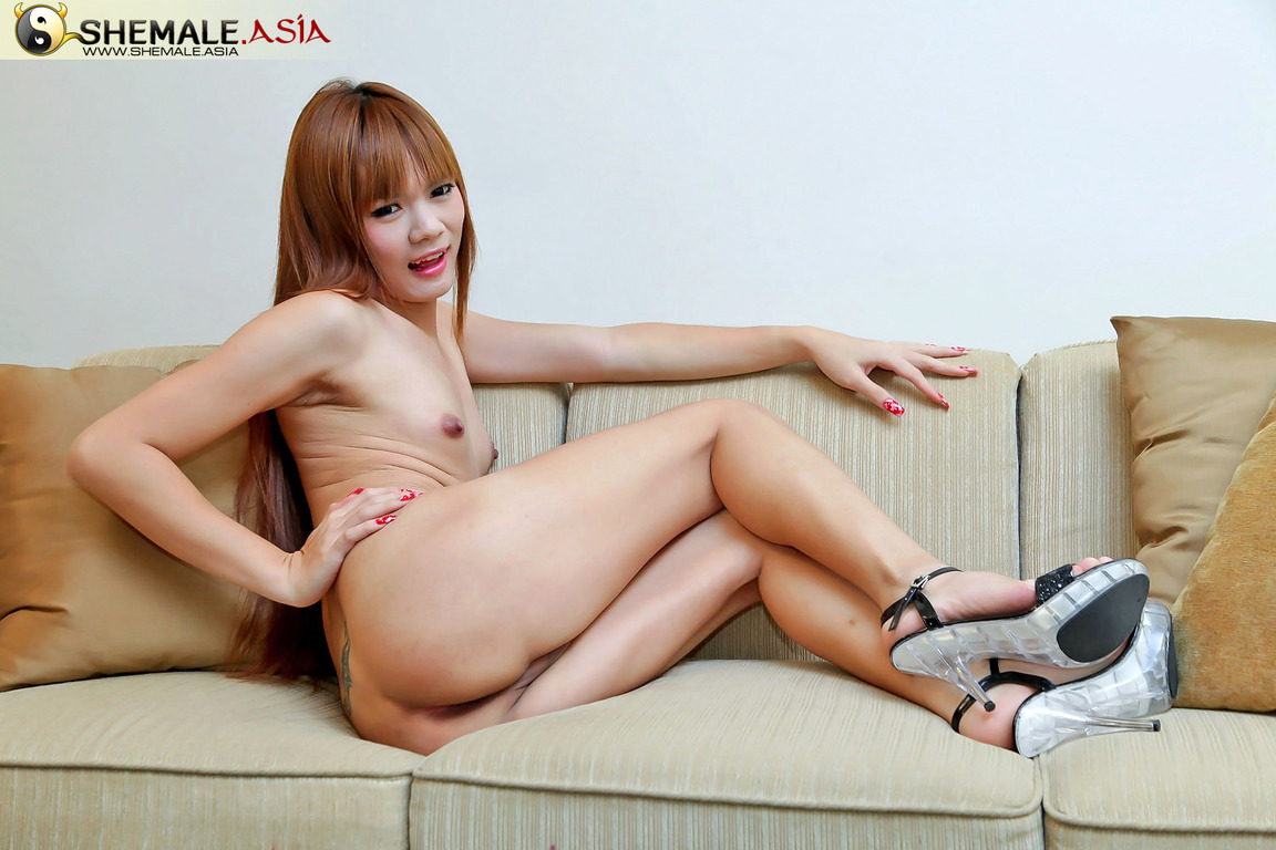 Ping Is One Kissable Jerking Ts Redhead