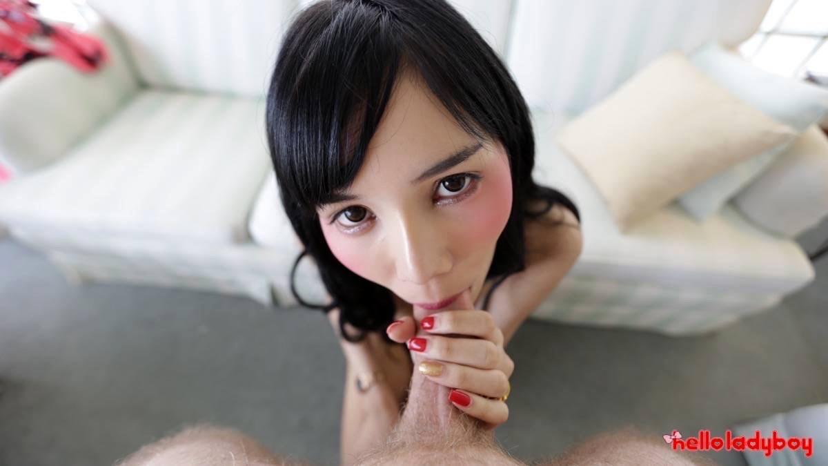 Really Thin Transexual Sucks Tool Like A Champion And Earns Facial
