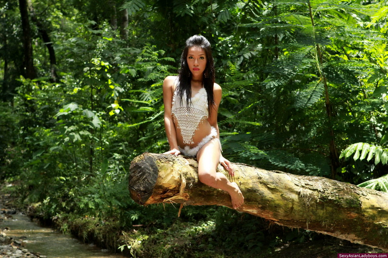 Romantic Encounter With A Naturist Ts In The Tropical Forest