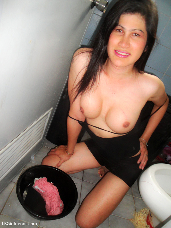 Tranny Showing Her Asian Cock