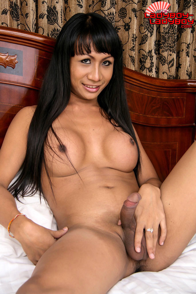 Um Is A New Girl At Stringfellows, Soi Yamato. Looks Half Indian, Half Thai, Speaks Great English. And Has A Good Sized Tool