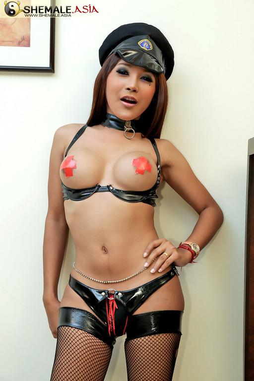 Wonderful Dome Asian Tranny Stroke's Off