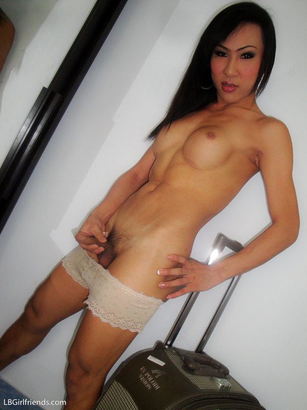 Young Thai TGirl Relaxing In Soapsuds